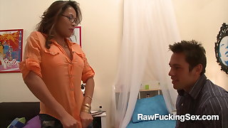 Raw Shacking up Sex - Sexy Kim Tao Enjoys A Hard Pounding