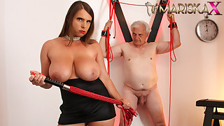 MARISKAX Big tit cosset Sexy Susi whips her sugar padre